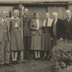 Family group by back door ?wartime