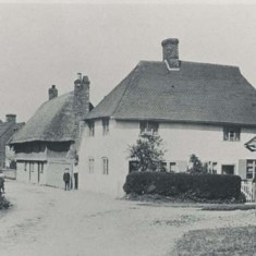 1910, this shows Forge Sound with white  exterior, the canopy over the butcher's shop at Riverside, and Hockley Cottage, since burned down, on what is today Washer's Triangle.