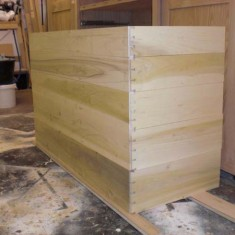 Trial fit of front dovetails