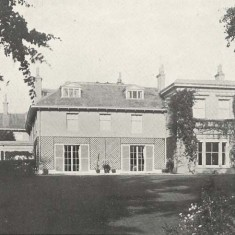 From the sales particulars, Bereleigh South View