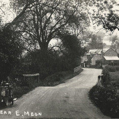 Drayton Bridge, 1920s, post card by Frank Newell of Alresford