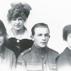 Family of Lily Chapman, nee Blackman, c 1920. George was in the Central band of the RAF for many years.