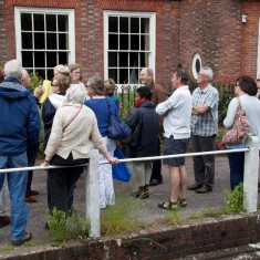 Guided walk by Glenthorne House