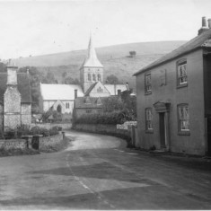 Church Street, with the George Inn and All Saints Church, photographed in  Aug 1941