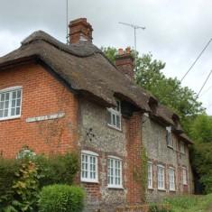 Bottle Ale Cottages, Frogmore