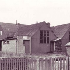 East Meon Institute, which contained a Library, Coffee room and Hall, with Park Vista to the left.