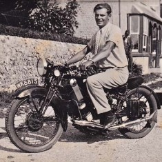 Jack Appleby outside Duncombe View (now Appleberry Cottage)
