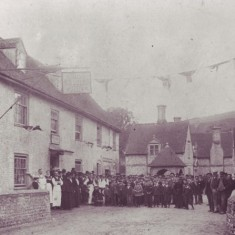 Staff and villagers outside the George Inn, possibly Queen Victoria's Jubilee, 1887.