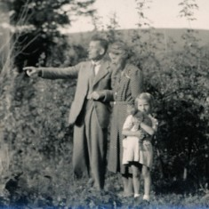Ralph and Ruth Woodfield with daughter Olivia.