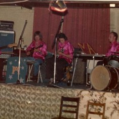 Meonaires. L  to R, Geoff Marshall, Les Blackman, Robby Hamilton, David Goddard, Bill Mesher,