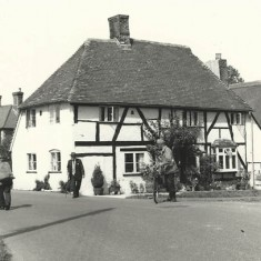 Post card of 'Hockley Cottage, note on back: Mrs Fisher, Oct 1962