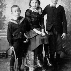 Owen (eldest) with brother Crispin and sister Florence (Florence Newbold Budd)