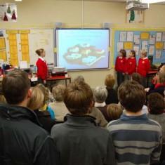 Schoolchildren make presentation on Open Day
