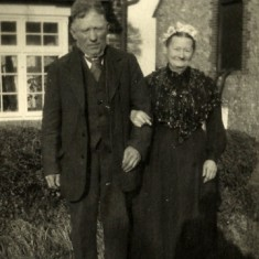 Edward Bone's parents, Benjamin Bone and Sarah Knight