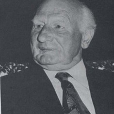 Herbie Goddard, Chairman of both Parish Council and Village Hall, known affectionately as the Mayor of East Meon.