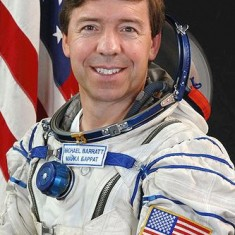Dr Michael R. Barratt, space doctor and astronaut, great grandson of William Jeremiah Christmas. Note that his name badge is in Russian script.