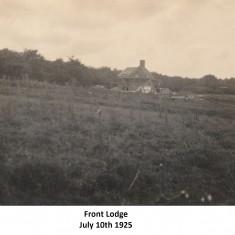 Estate buildings, 1924