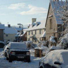 Alms houses and Ye Olde George Inn in snow Jan 2010