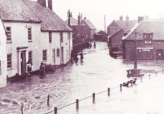 Barnards and War Memorial in flood