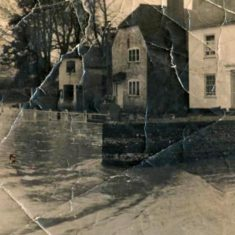 Bell Cottage & Barnards flooded 1953. Collection of '50s photos at Ye Olde George.