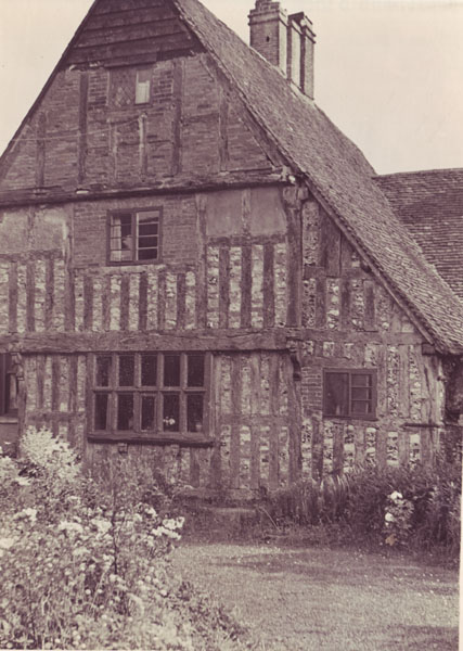 Tudor House from the garden
