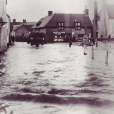 Flooding in the High Street, 17th November 1957.
