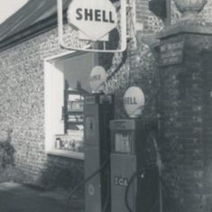 Glenthorne Garage in the 1950s, operated by Herbie Goddard/.