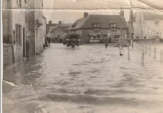Old Photo of flooded High Street