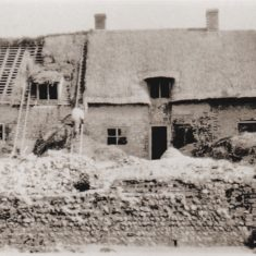 Paupers and Kews Cottages were rescued from delapidation by Morley Horder in the 1930s.