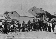 Petersfield Fire Brigade, Boy Scouts and policemen after the 1910 fire