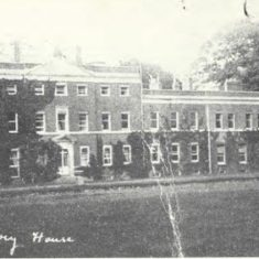 The house before the devastating fire of 1904. It had originally been built at the start of the 1690s by Richard Markes of Petersfield.