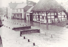 White House and Parson's Shop in flood