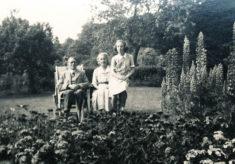 Woodfield family in Tudor House garden