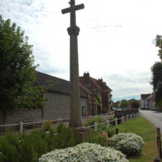 The War Memorial designed by Ninian Comper, in the High Street.