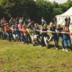 Kids tug of war